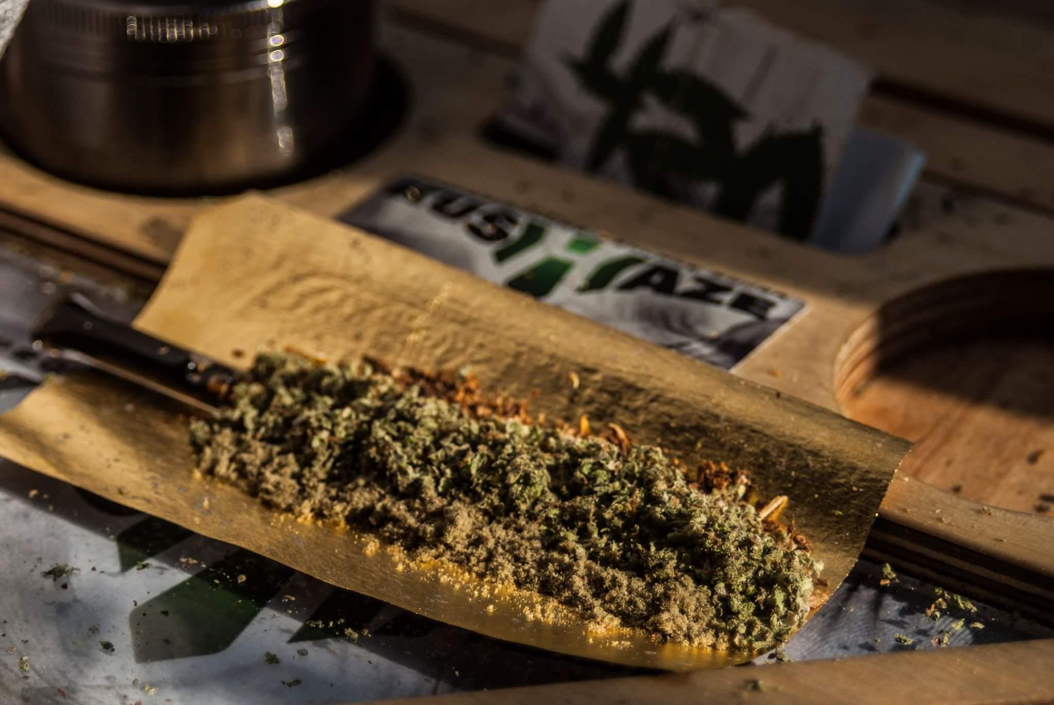 marihuana tytoń trawka
