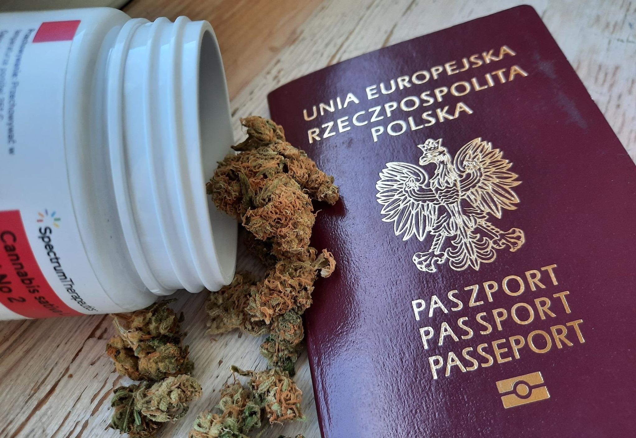 Podróżowanie z medyczną marihuaną